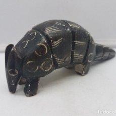 Antigüedades: PRECIOSA FIGURA ANTIGUA DE COLECCIÓN TALLADA A MANO EN PIEDRA DE ARTE ESQUIMO CANADIENSE.. Lote 129347783