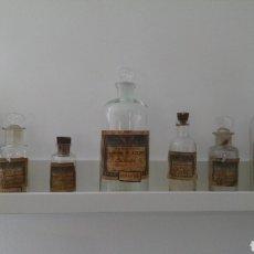 Antigüedades: ANTIGUO LOTE FARMACIA BOTES FRASCOS MANUEL G AZCUNE RENTERIA GUIPUZCOA. Lote 119415734