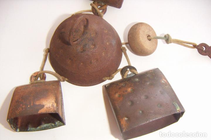 Antigüedades: Viejo llamador de viento con cencerros - Foto 2 - 129374883