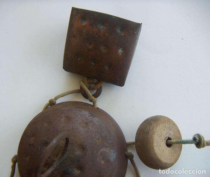 Antigüedades: Viejo llamador de viento con cencerros - Foto 3 - 129374883