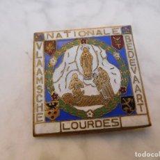 Antigüedades: INSIGNIA BELGA PEREGRINAJE A LOURDES . Lote 129379455