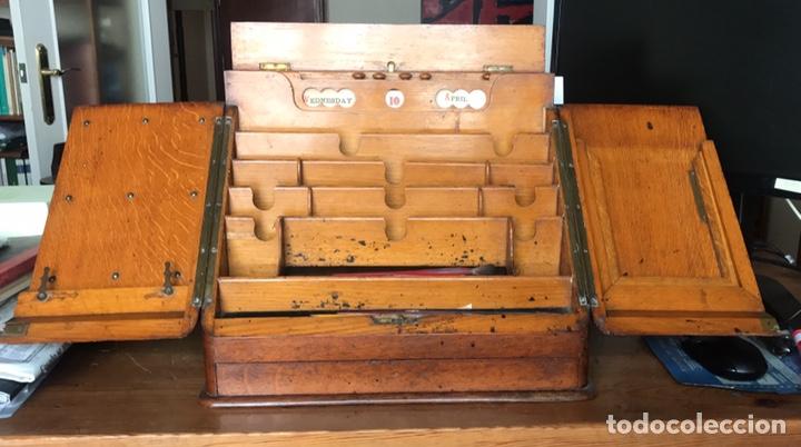Antigüedades: Escribanía o Escritorio de Sobremesa en Nogal o Roble (?), Siglo XIX (?) - Foto 5 - 129429340