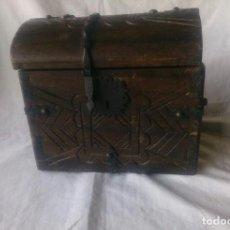 Antiquités: PEQUEÑO BAÚL ANTIGUO. Lote 129454443