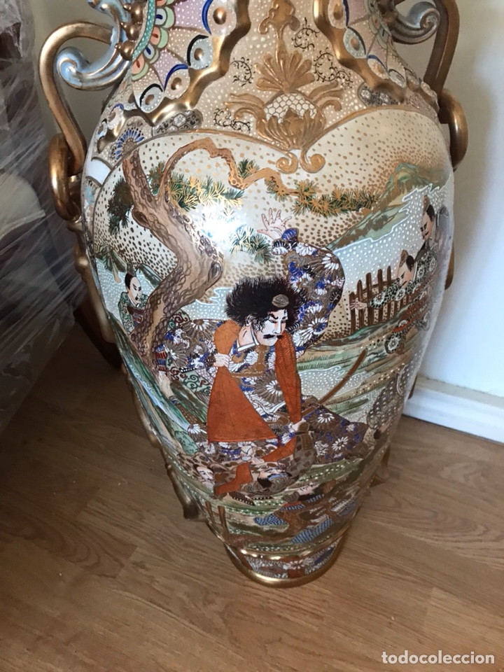 Antigüedades: Importante jarrón oriental pintado a mano Made in Spain número de obra 174 telefónica - Foto 5 - 129494247