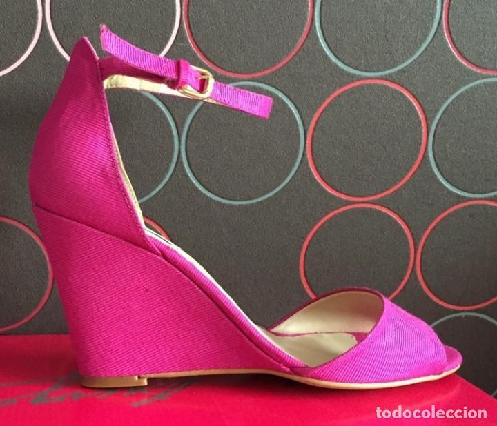 Antigüedades: Zapatos de Cuña de Pilar Burgos. Modelo exclusivo de calzado de colección. - Foto 4 - 129532871