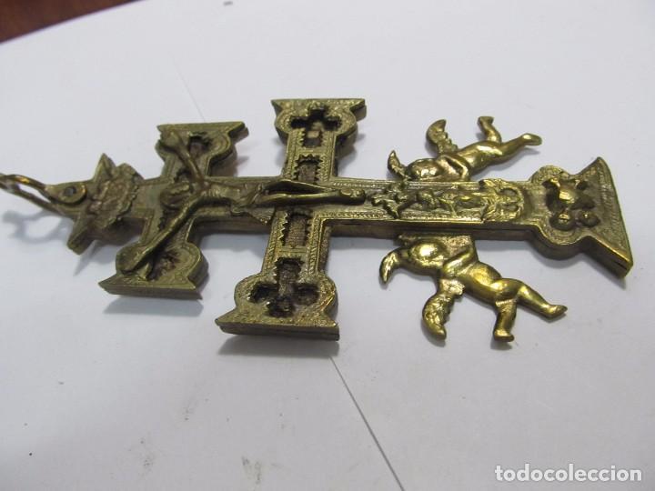 Antigüedades: CRUZ DE CARAVACA GRANDE DE BRONCE - Foto 4 - 158639804