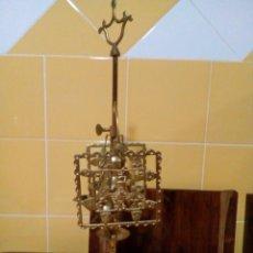 Antigüedades: LÁMPARA CANDELABRO ANTIGUA DE BRONCE DE CUATRO BRAZOS. Lote 129552251