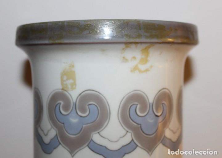 Antigüedades: JARRÓN CILÍNDRICO DECORADO AVE PARAISO EN PORCELANA DE LLADRÓ - JULIO RUIZ - Foto 9 - 129553651