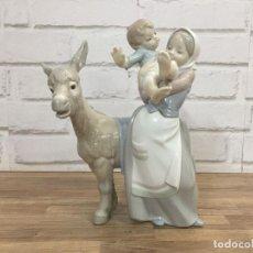Antigüedades - Escultura de porcelana Ase i Xiquet By Lladró sellado original serial limitado 11 1973 20x28 cm - 129583279