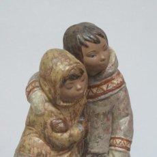 Antigüedades: ESQUIMALES DE PORCELANA. GRES. LLADRO. Lote 129659195