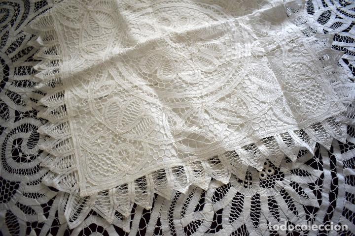 Antigüedades: Maravillosa colcha encaje de brujas encaje cintas y guipur hecha a mano. Con cojines. Impresionante - Foto 14 - 129704735