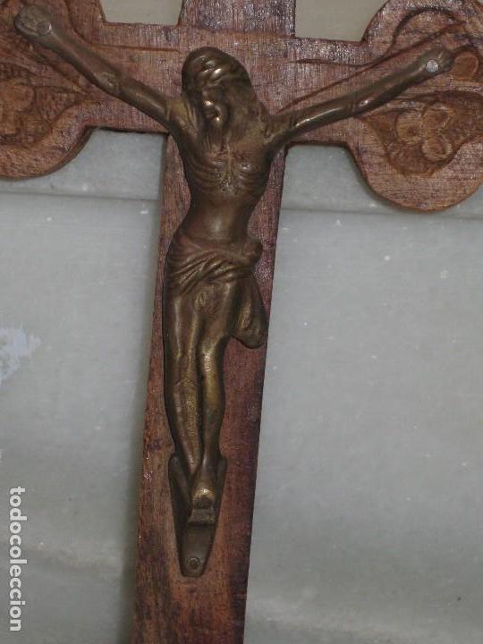 Antigüedades: Crucifijo madera y Cristo de metal - Foto 2 - 129722595