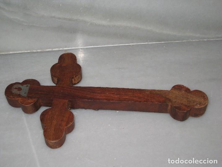 Antigüedades: Crucifijo madera y Cristo de metal - Foto 5 - 129722595