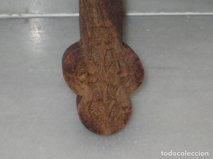 Antigüedades: Crucifijo madera y Cristo de metal - Foto 6 - 129722595