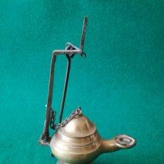 Antigüedades: CANDIL DE PARET EN BRONCE. Lote 130043435