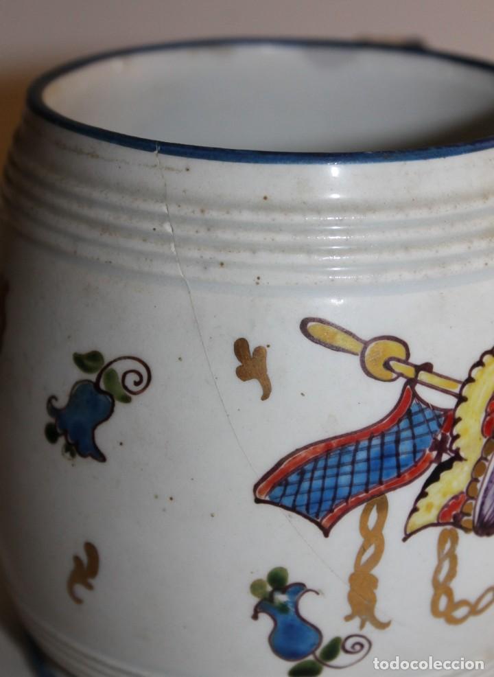 Antigüedades: JARRA EN PORCELANA FIRMADA POR GENIS CIRERA CON SELLO DE LA CARTUJA PICKMAN SEVILLA - Foto 4 - 130067935