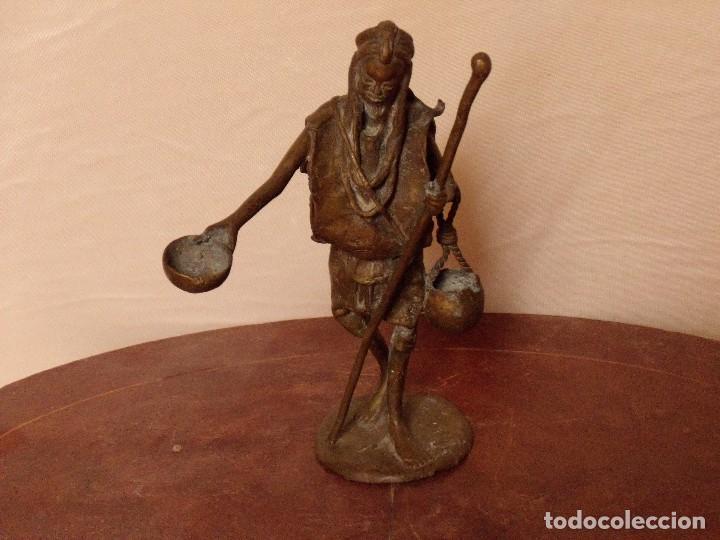 ESTATUILLA DE BRONCE (Antigüedades - Hogar y Decoración - Figuras Antiguas)