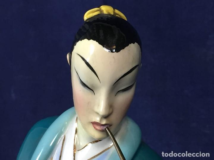 Antigüedades: figura loza italiana personaje oriental fumando asia marca en la base italia 1940 - Foto 13 - 130239346