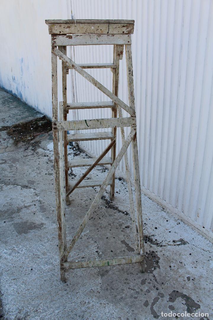 Antigüedades: escalera de madera antigua - Foto 2 - 141272461