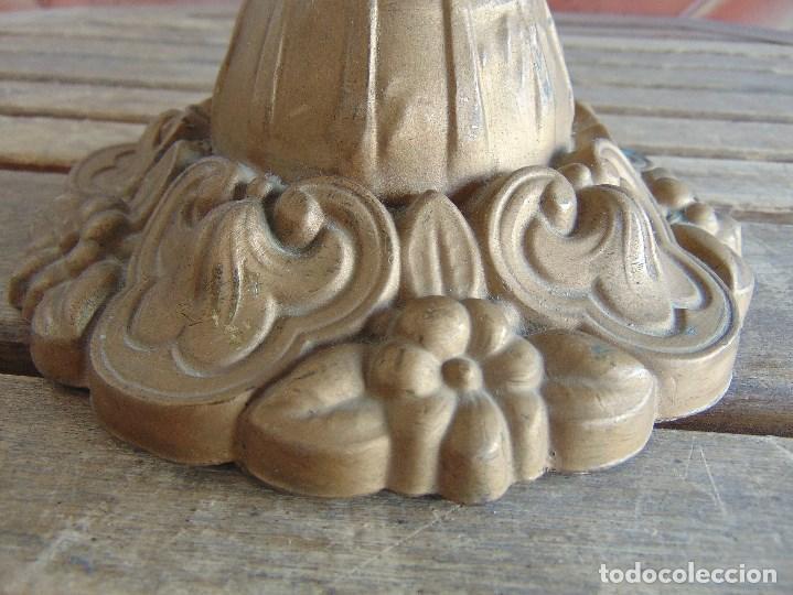 Antigüedades: MUY ANTIGUO QUINQUE QUINQUES EN FORMA EN METAL PINTADO Y CHIMENEA ,TULIPA EN CRISTAL HINK & SONS - Foto 7 - 130321762