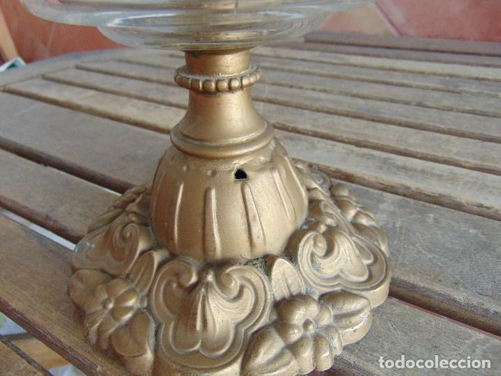 Antigüedades: MUY ANTIGUO QUINQUE QUINQUES EN FORMA EN METAL PINTADO Y CHIMENEA ,TULIPA EN CRISTAL HINK & SONS - Foto 9 - 130321762