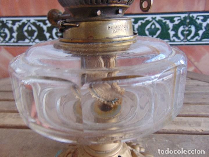 Antigüedades: MUY ANTIGUO QUINQUE QUINQUES EN FORMA EN METAL PINTADO Y CHIMENEA ,TULIPA EN CRISTAL HINK & SONS - Foto 10 - 130321762
