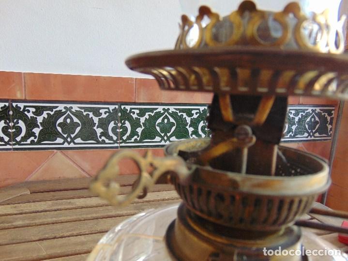 Antigüedades: MUY ANTIGUO QUINQUE QUINQUES EN FORMA EN METAL PINTADO Y CHIMENEA ,TULIPA EN CRISTAL HINK & SONS - Foto 17 - 130321762