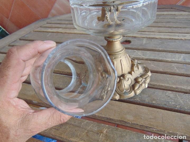 Antigüedades: MUY ANTIGUO QUINQUE QUINQUES EN FORMA EN METAL PINTADO Y CHIMENEA ,TULIPA EN CRISTAL HINK & SONS - Foto 25 - 130321762