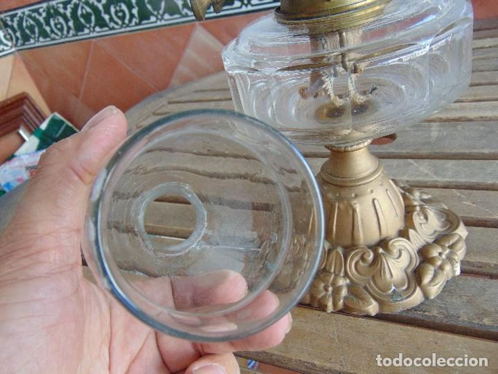 Antigüedades: MUY ANTIGUO QUINQUE QUINQUES EN FORMA EN METAL PINTADO Y CHIMENEA ,TULIPA EN CRISTAL HINK & SONS - Foto 26 - 130321762