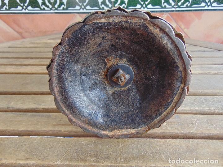 Antigüedades: MUY ANTIGUO QUINQUE QUINQUES EN FORMA EN METAL PINTADO Y CHIMENEA ,TULIPA EN CRISTAL HINK & SONS - Foto 27 - 130321762