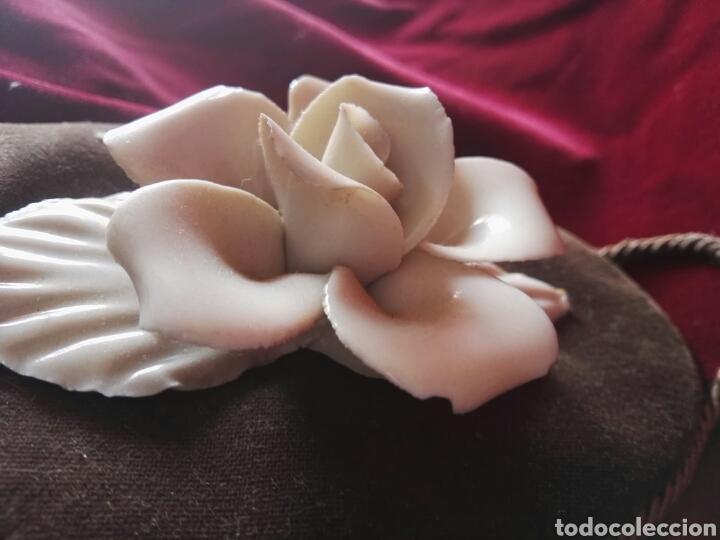 Antigüedades: Pareja porcelana flor las dos distintas antiguo - Foto 5 - 130335056