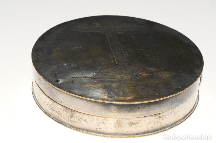 Antigüedades: HOSTIARIO EN BRONCE PLATEADO - SIGLO. XVIII - Foto 3 - 130324090