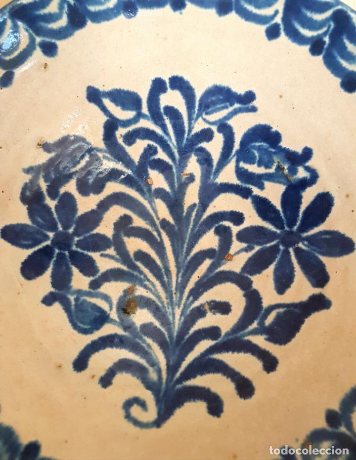 Antigüedades: EXCEPCIONAL FUENTE HONDA ANTIGUA EN CERAMICA DE FAJALAUZA,(GRANADA) - Foto 3 - 130340810