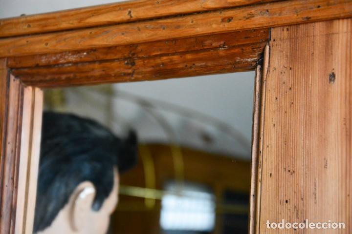 Antigüedades: Mueble auxiliar estantería con espejo para entrada o hall - Puerta confesionario antiguo de madera - Foto 6 - 130420930
