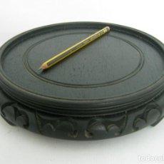 Antigüedades: 27 CM - ESPECTACULAR PEANA O BASE PARA JARRON CHINO - MADERA TALLADA. Lote 130445366