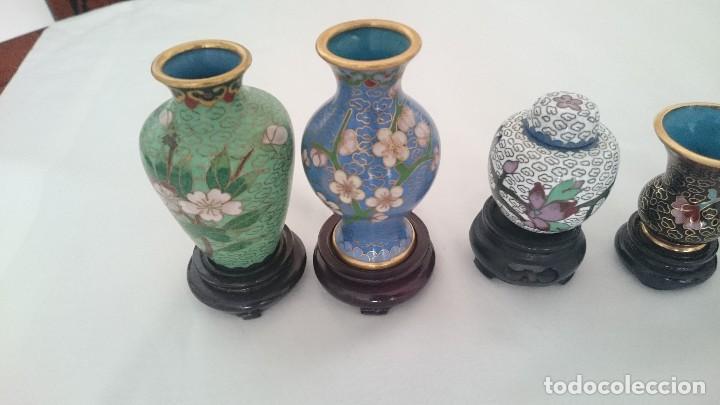 Antigüedades: Miniaturas jarrones y tibores chinos de porcelana pintada a mano.de colección - Foto 3 - 130453598