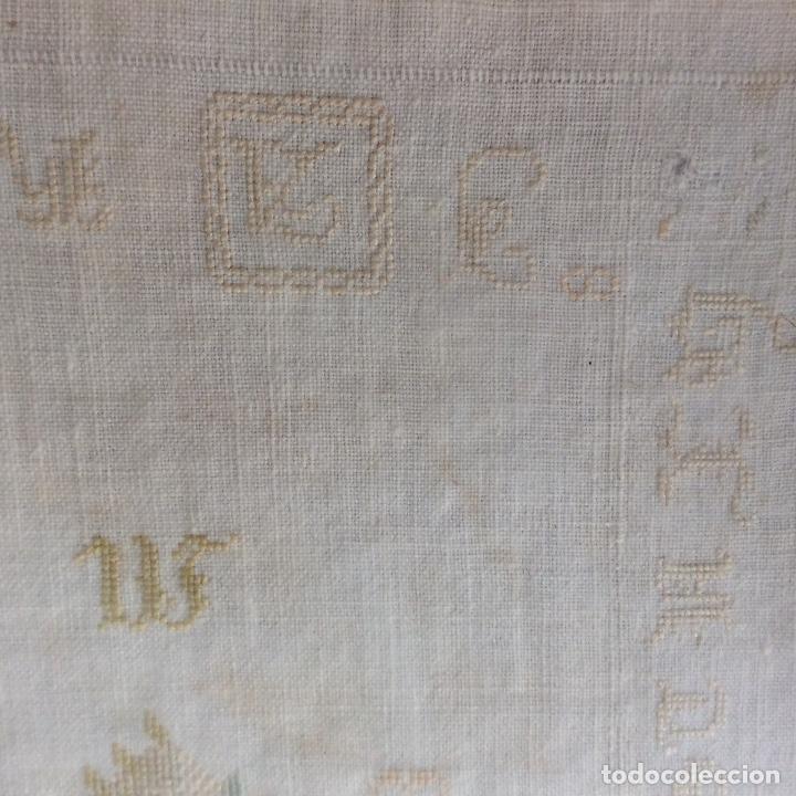 Antigüedades: Dechado bordado. Finales siglo XVIII. - Foto 7 - 130495898