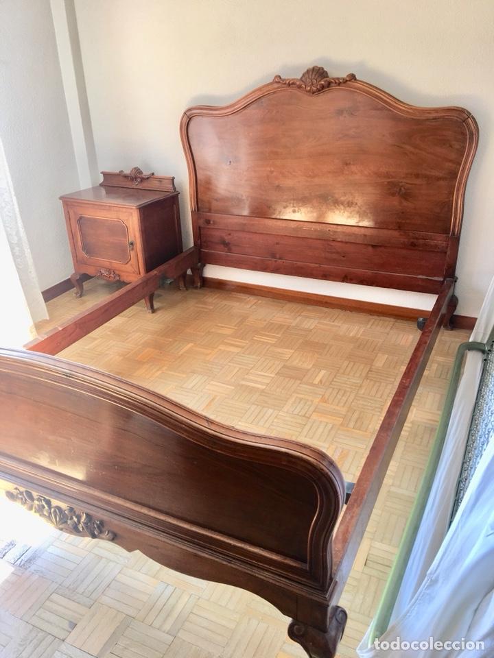 Antigüedades: Juego de dos mesillas de madera tallada-(18276) - Foto 7 - 130542623
