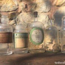 Antigüedades: FRASCOS DE FARMACIA. Lote 130545530