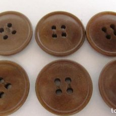 Antigüedades: ANTIGUOS BOTONES: 6 EN TONOS MARRONES .DIAMETRO 20 MM. (REF-134). Lote 130545538