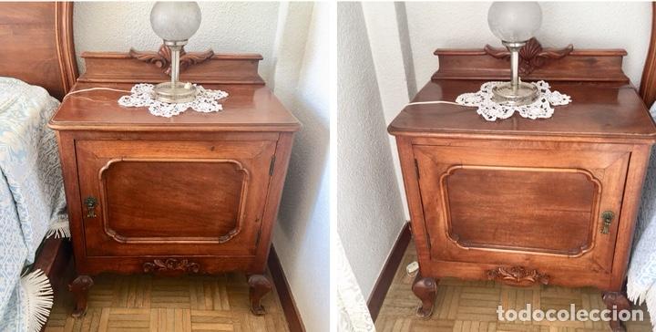Antigüedades: Juego de dos mesillas de madera tallada-(18276) - Foto 2 - 130542623