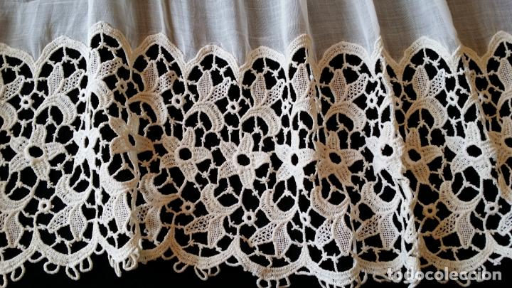 Antigüedades: Antigua cortina con encaje - Foto 6 - 130623250