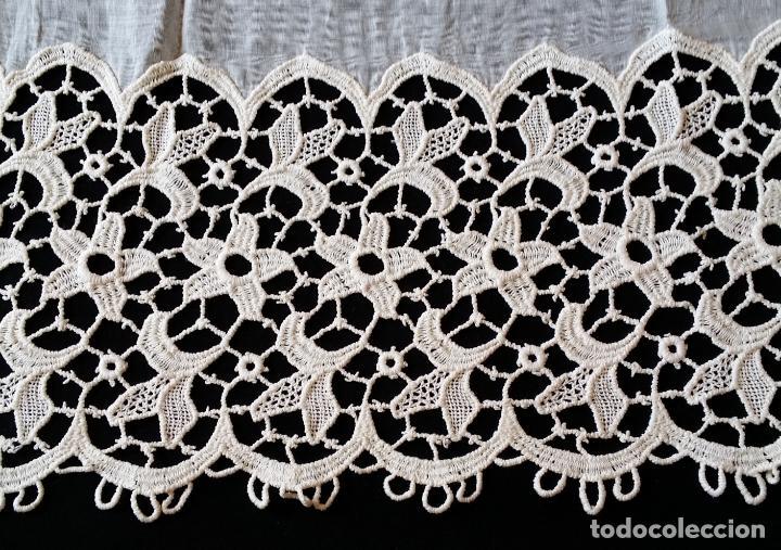 Antigüedades: Antigua cortina con encaje - Foto 7 - 130623250