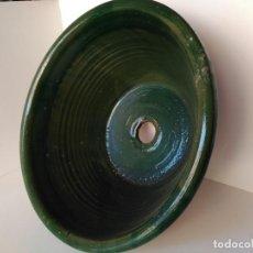 Antigüedades: LEBRILLO O LAVABO VIDRIADO EN COLOR VERDE. Lote 130632230