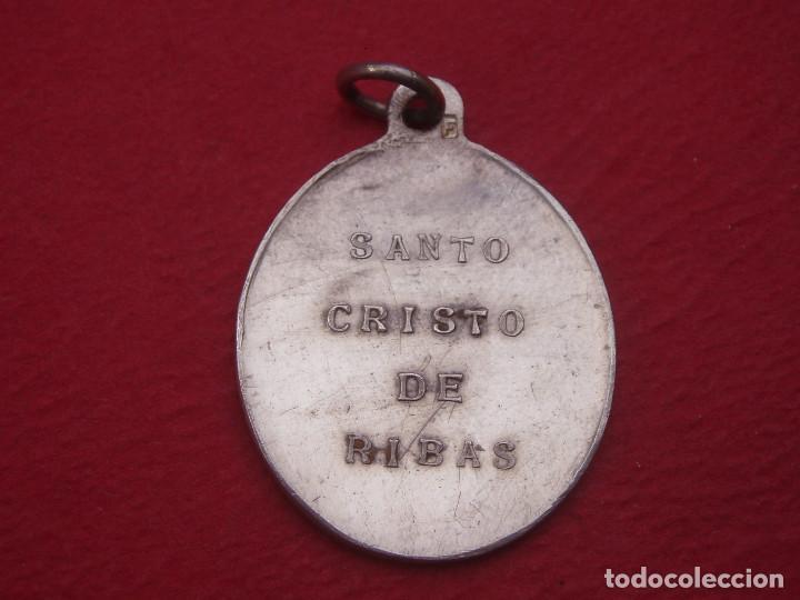 Antigüedades: Medalla Antigua Santo Cristo de Ribas. Rivas, Madrid. - Foto 2 - 130639758