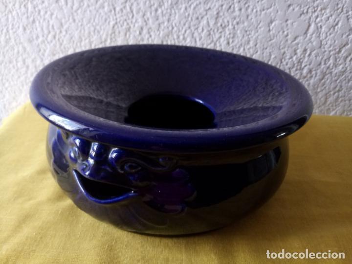 ESCUPIDERA COLOR AZUL COBALTO - 22 X 18 X 10 CMS (Antigüedades - Porcelanas y Cerámicas - Otras)
