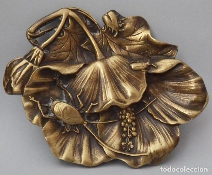 DESPOJADOR EN BRONCE (Antigüedades - Hogar y Decoración - Otros)