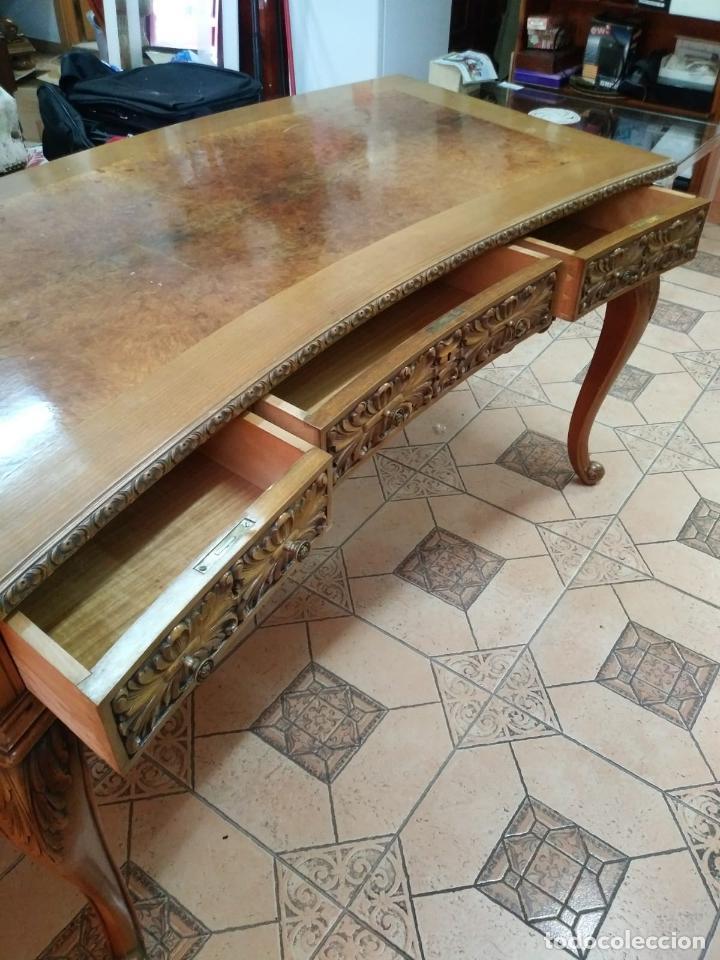 Antigüedades: Preciosa Mesa Despacho,madera noble tallada. - Foto 7 - 130792552