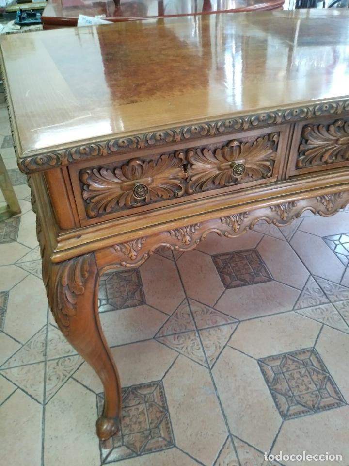 Antigüedades: Preciosa Mesa Despacho,madera noble tallada. - Foto 13 - 130792552