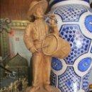 Antigüedades: TAMBORILERO DEL ROCIO CERAMICA DE TRIANA . Lote 130843668